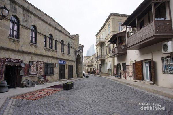Diintai Sejarah Di Kota Baku, Azerbaijan