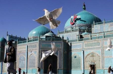 Masjid Afghanistan Ini Konon Dibangun Di Atas Tulang Sepupu Nabi