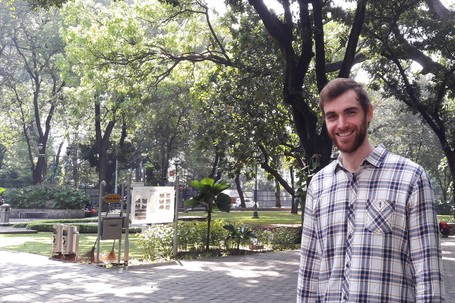 Usai Bertualang Ke 60 Negara, Traveler Belanda Ini Jadi Mualaf Di Indonesia