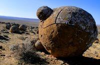 Misteri di Kazakhstan, Batu-batu Berbentuk Bola