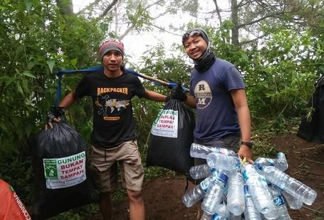 Menteri Pariwisata Ajak Wisatawan Jaga Kebersihan Di Tempat Wisata