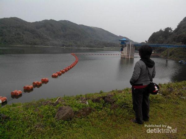 Mencari Ketenangan Di Waduk Sempor, Gombong