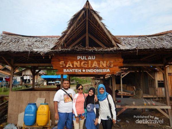 Seperti Ini Serunya Petualangan 2 Hari Di Pulau Sangiang