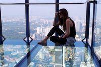 Sensasi 'Melayang' di Atas Langit Kuala Lumpur