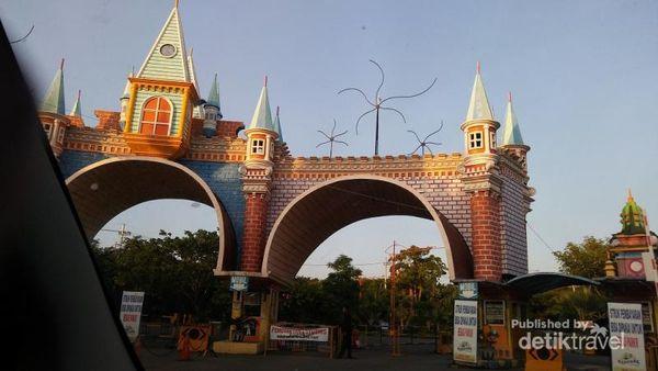 Liburan Ke Surabaya, Jangan Lupa Ke Kenjeran Park