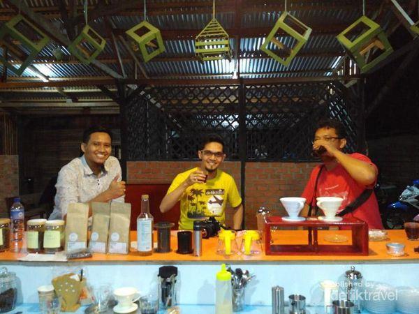 Liburan Ke Tarakan Di Kalimantan Utara, Bisa Ngopi Di Kedai Rekomendasi Ini
