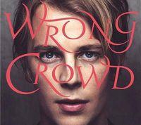 Wrong Crowd Tom Odell: Narasi Masa Lalu yang Ekspresif
