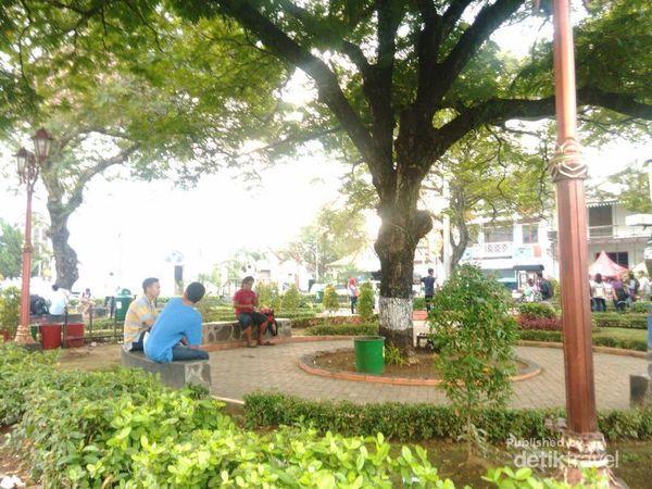 Menikmati Libur Kemerdekaan Di Kota Lama Semarang