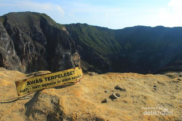 Menggapai Puncak Tertinggi Jawa Barat