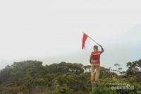 Menginjak Titik Tertinggi Sulawesi