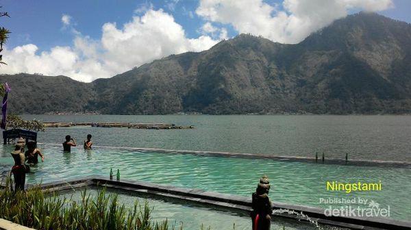 Tempat Mandi Air Hangat Yang Asyik Di Bali