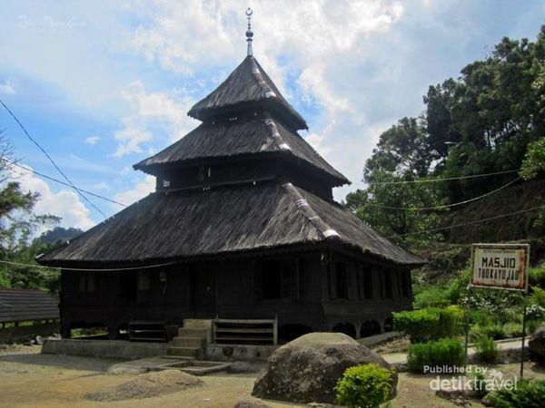 Inilah Masjid Tertua Di Ranah Minang