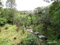 Pagoda Emas & Taman Cantik di Sumatera Utara