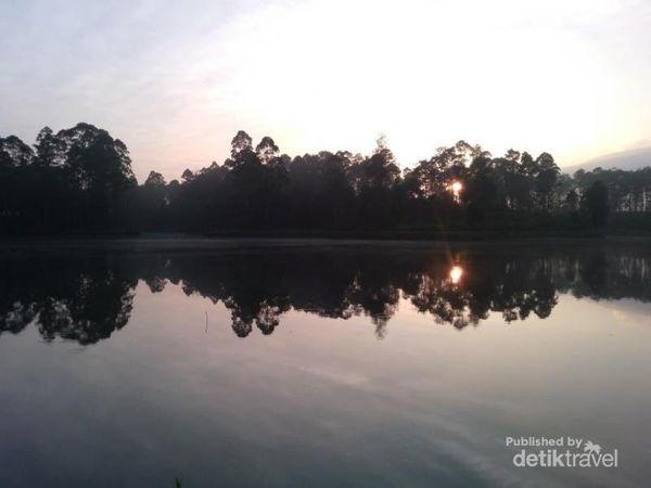 Mata Air Di Bandung Yang Konon Bikin Awet Muda Dan Enteng Jodoh