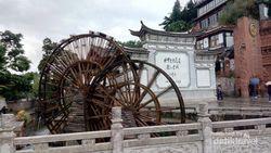 Menyusuri Kota Tua Li Jiang di China