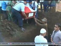 pemakaman jenazah korban hercules