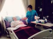 Jasa Perawat Lansia & Orang Sakit