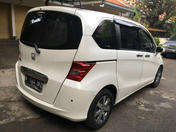 Jual Honda Freed 2010 Putih At Sd