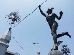 Wujud Asli Hermes, Dia Bukan Tas!