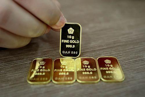 Harga Emas Antam Turun Rp 1.000/Gram