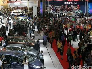 Mobil Listrik Buatan Mahasiswa Dipajang di IIMS