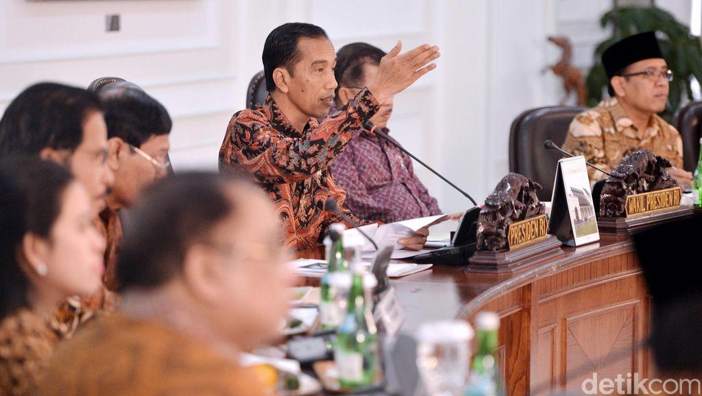 Otak Atik Gathuk Reshuffle Kabinet di Hari Rabu