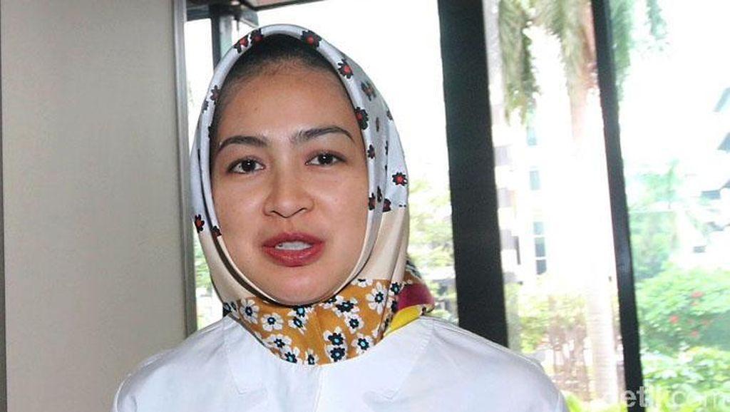 Jokowi Sematkan Penghargaan Untuk Airin dan Kepala Daerah Lain di Tangsel