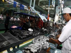 Benarkah Ada PHK di Industri Otomotif?