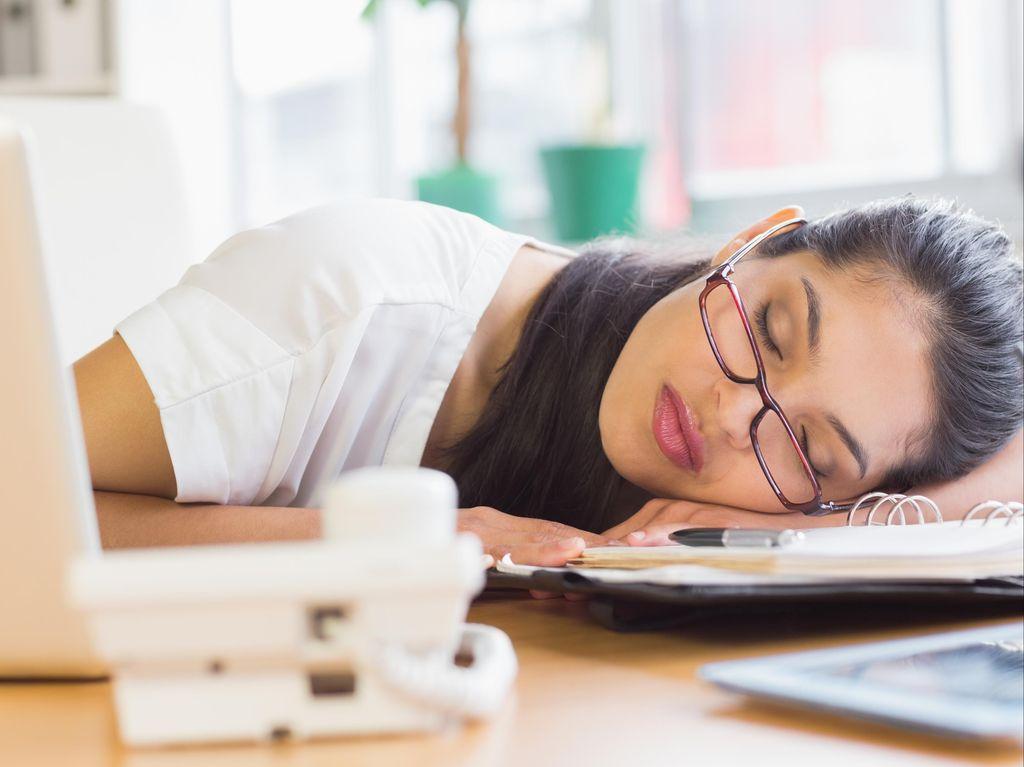 Studi Ungkap Kurang Tidur Bisa Bikin Nafsu Makan Melonjak