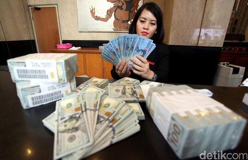 Dolar AS Menguat ke Rp 13.640