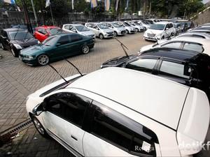 Orang Lebih Senang Sewa Mobil Baru