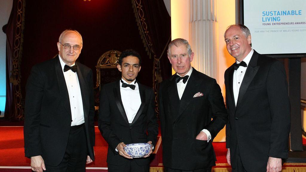 Pangeran Charles pun Takjub dengan Asuransi Sampah Dokter Gamal Albinsaid