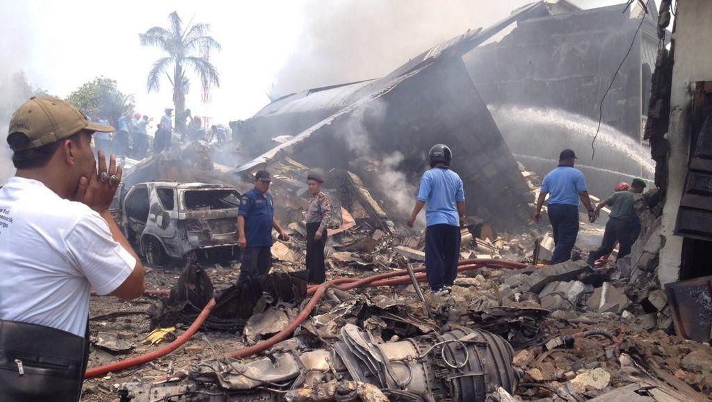 5 Jenazah Korban Hercules Jatuh Sudah di RS Adam Malik