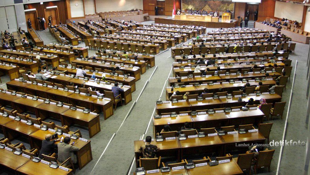 Tak Ada UU yang Disahkan DPR di Masa Sidang IV
