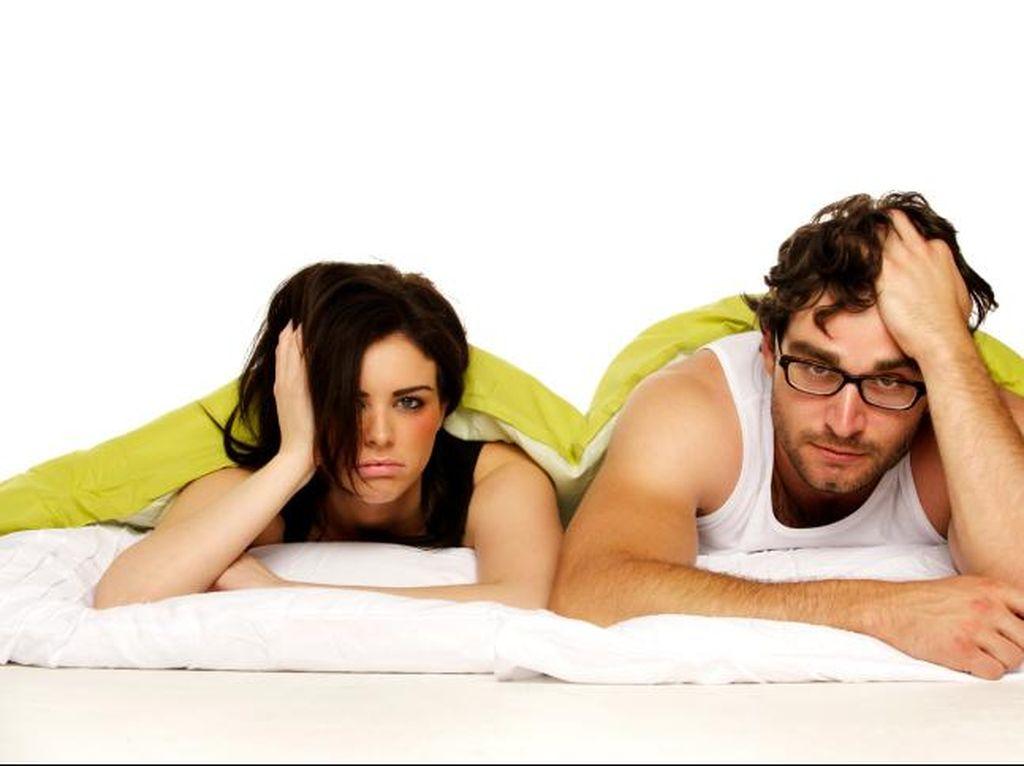 Ukuran Mr P Bikin Istri Tak Nyaman Bercinta? Bicarakan, Jangan Diam Saja