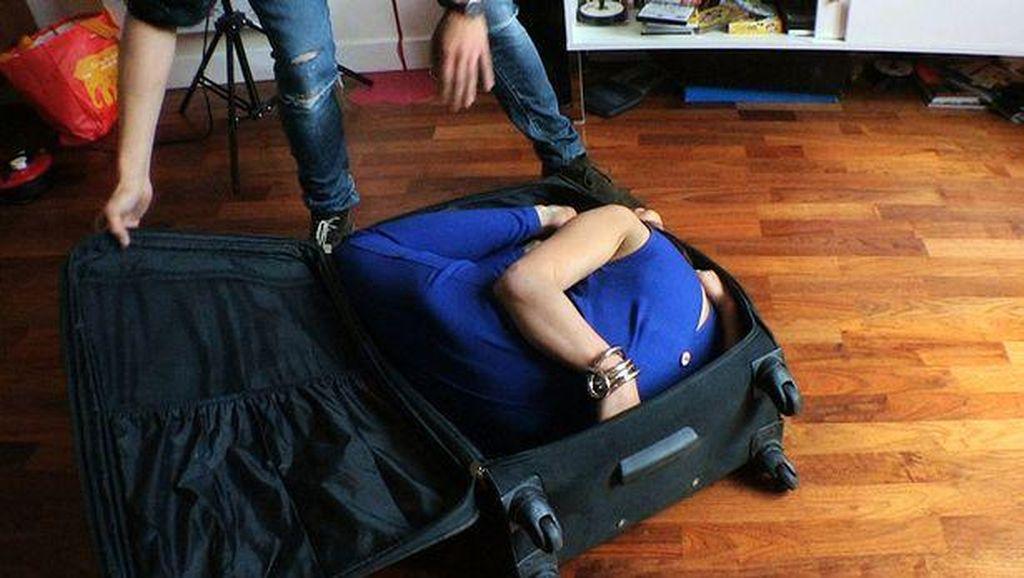 Leilani, Manusia Karet Asal London yang Bisa Masukkan Tubuhnya ke Koper
