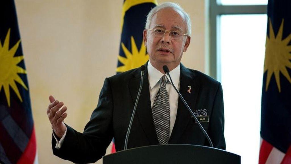 Skandal Korupsi Rp 9 T, Mahathir Sebut Najib Permalukan Malaysia