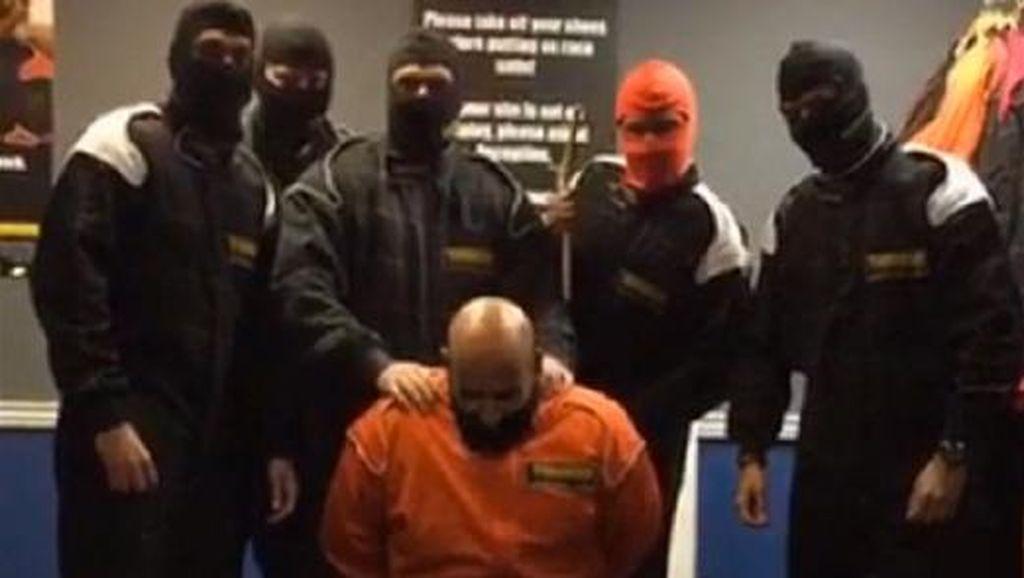 Bikin Video Iseng Eksekusi ala ISIS, 6 Pegawai Bank Inggris Dipecat