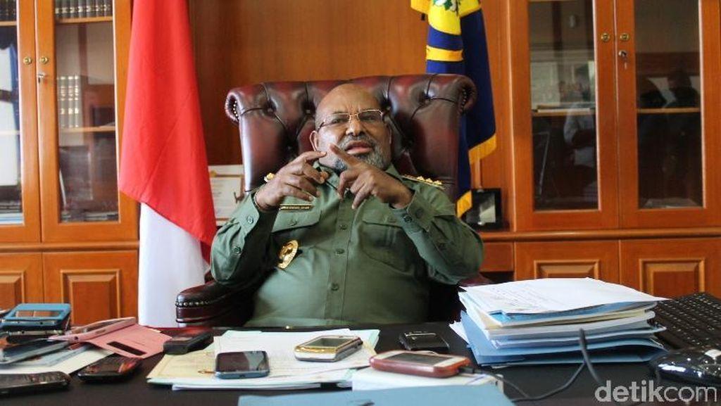 Ini Kata Gubernur Lukas Enembe Soal Penembakan Pekerja Jalan Trans Papua