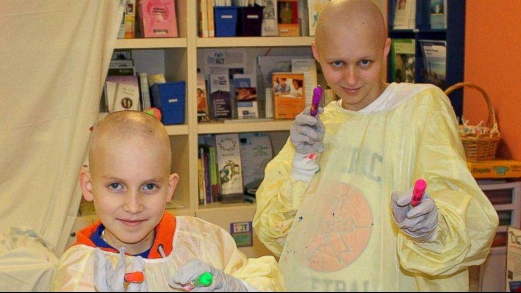 Sama-sama Dirawat Karena Kanker Darah, Dua Anak Ini Jadi Sahabat