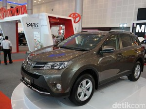 Puluhan Toyota RAV4 Sudah Terpesan