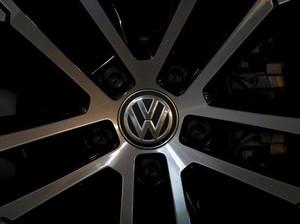Terlibat Kembangkan Transmisi, Mantan Bos Bentley Gugat VW Minta Royalti