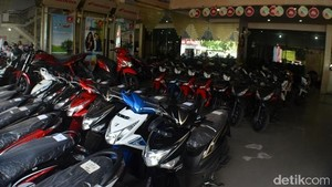 Apa Orang Indonesia Sudah Bosan Pakai Motor?