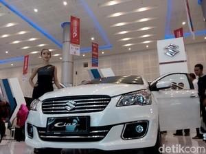 Beli Mobil Baru Namun Produksi Lawas, Untungkah?