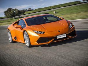 Lamborghini Siapkan Huracan Edisi Spesial