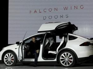 Sama-sama Buat Mobil Otonom, Bos Tesla Anggap Google Bukan Saingan