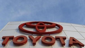 Toyota dan Lexus Hybrid Laris Manis di Eropa