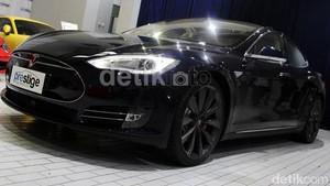 Tesla Kirim 50 Ribu Unit Mobil Sepanjang 2015