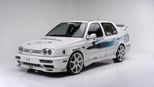 Volkswagen Jetta Bertanda Tangan Paul Walker Dilelang