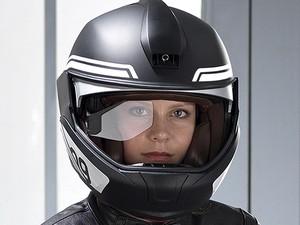 Riset: Pemasangan Kamera di Helm Tak Berbahaya